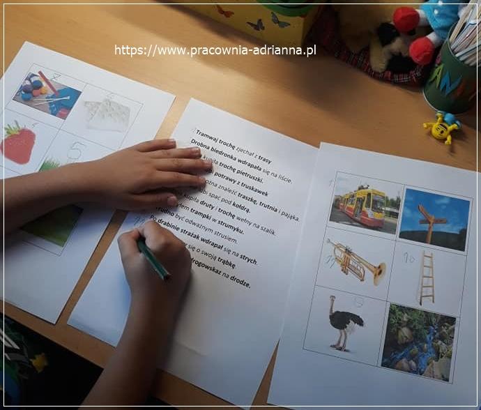 Kolejna pomoc, która może urozmaicić etap ćwiczeń nad głoską [r] realizowaną po głoskach [t,d]. O tym, jak pracuję nad artykulacją głoski [r] pisałam tu. Poznajcie moją nową pomoc 😉 Ilustracje pochodzą z Internetu, zdania i pomysł mojego autorstwa. Przebieg zajęć: Kładę przed dzieckiem trzy karty pracy – dwie z ilustracjami, jedną ze zdaniami. 2. Odczytuję […]